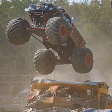 Lumberjack - Monster Truck Throwdown - Bridgeport Speedway 2017